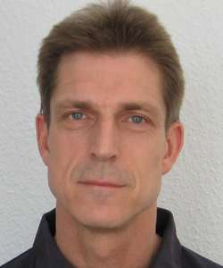 Picture of Henning Buelow