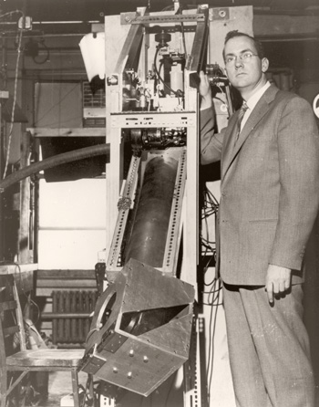 Charles Townes with a ruby maser amplifier for radio astronomy.